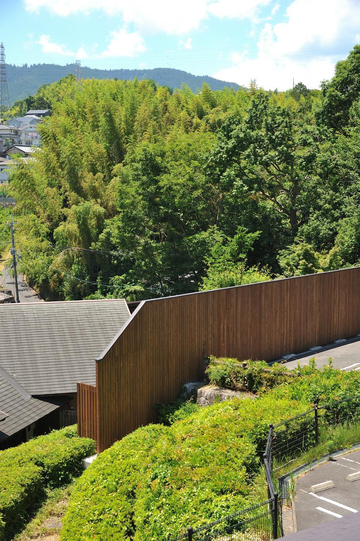 木もれび客室からの美しい風景。露天風呂への視線も、きっちり遮ります。